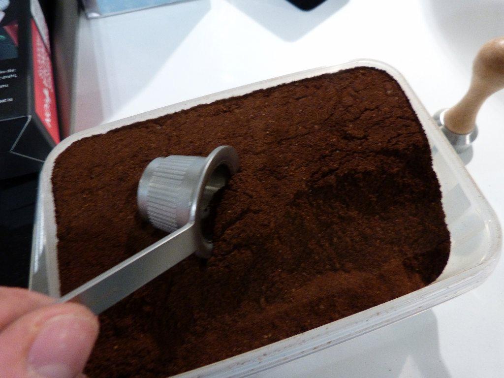 mycoffeestar barista set edelstahl kapsel nespresso im test 1 011 kapsel. Black Bedroom Furniture Sets. Home Design Ideas