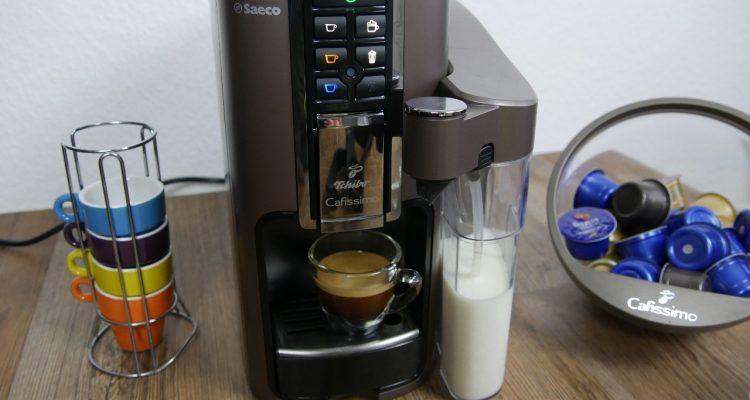 cafissimo latte im test der kapselvollautomat von tchibo kapsel. Black Bedroom Furniture Sets. Home Design Ideas