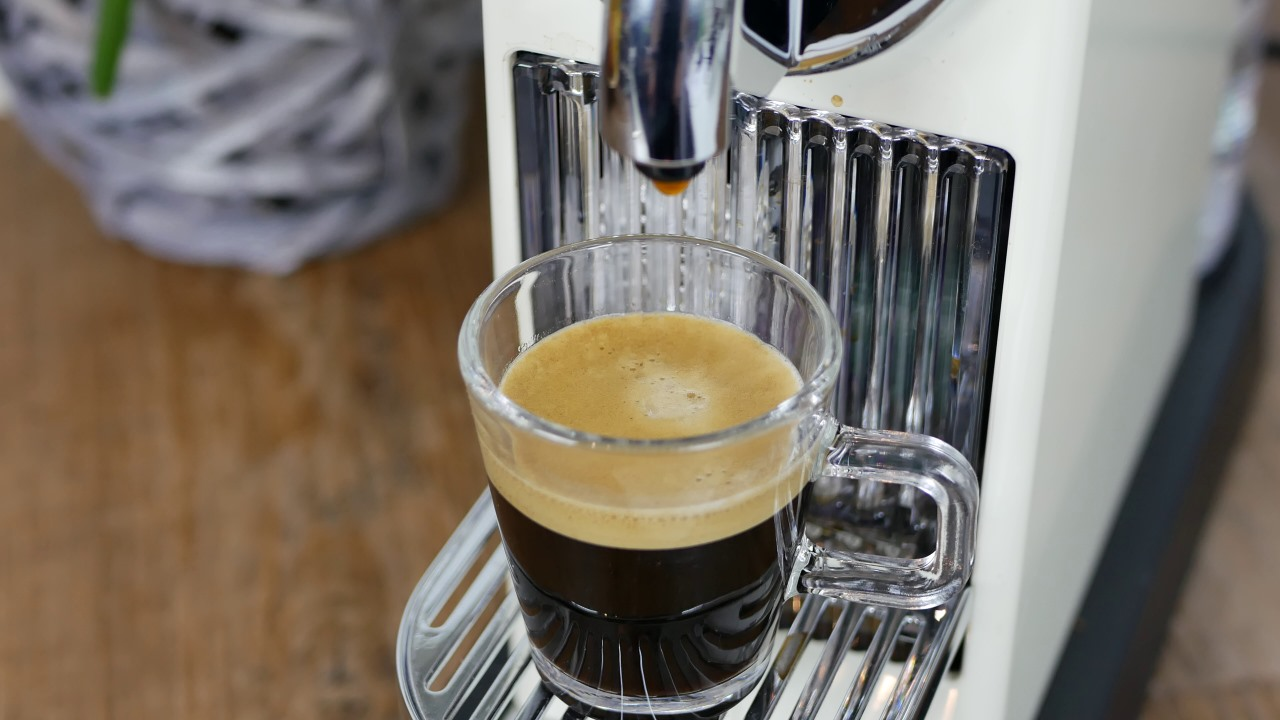 nespresso citiz delonghi test testbericht review maschine kapselmaschine 013 kapsel. Black Bedroom Furniture Sets. Home Design Ideas