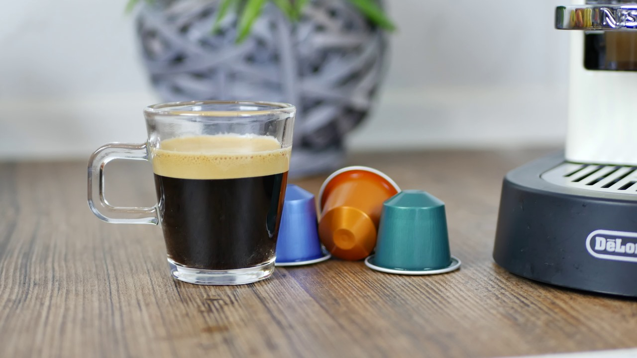 nespresso citiz delonghi test testbericht review maschine. Black Bedroom Furniture Sets. Home Design Ideas