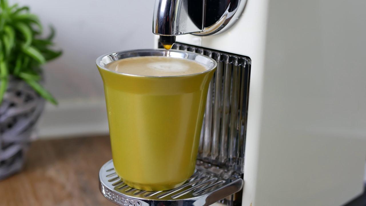 nespresso citiz delonghi test testbericht review maschine kapselmaschine 059 kapsel. Black Bedroom Furniture Sets. Home Design Ideas